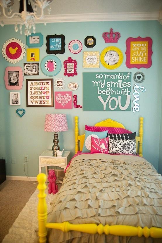 chambre-enfant-mur-galerie-dart-colore-L-uWEmg1